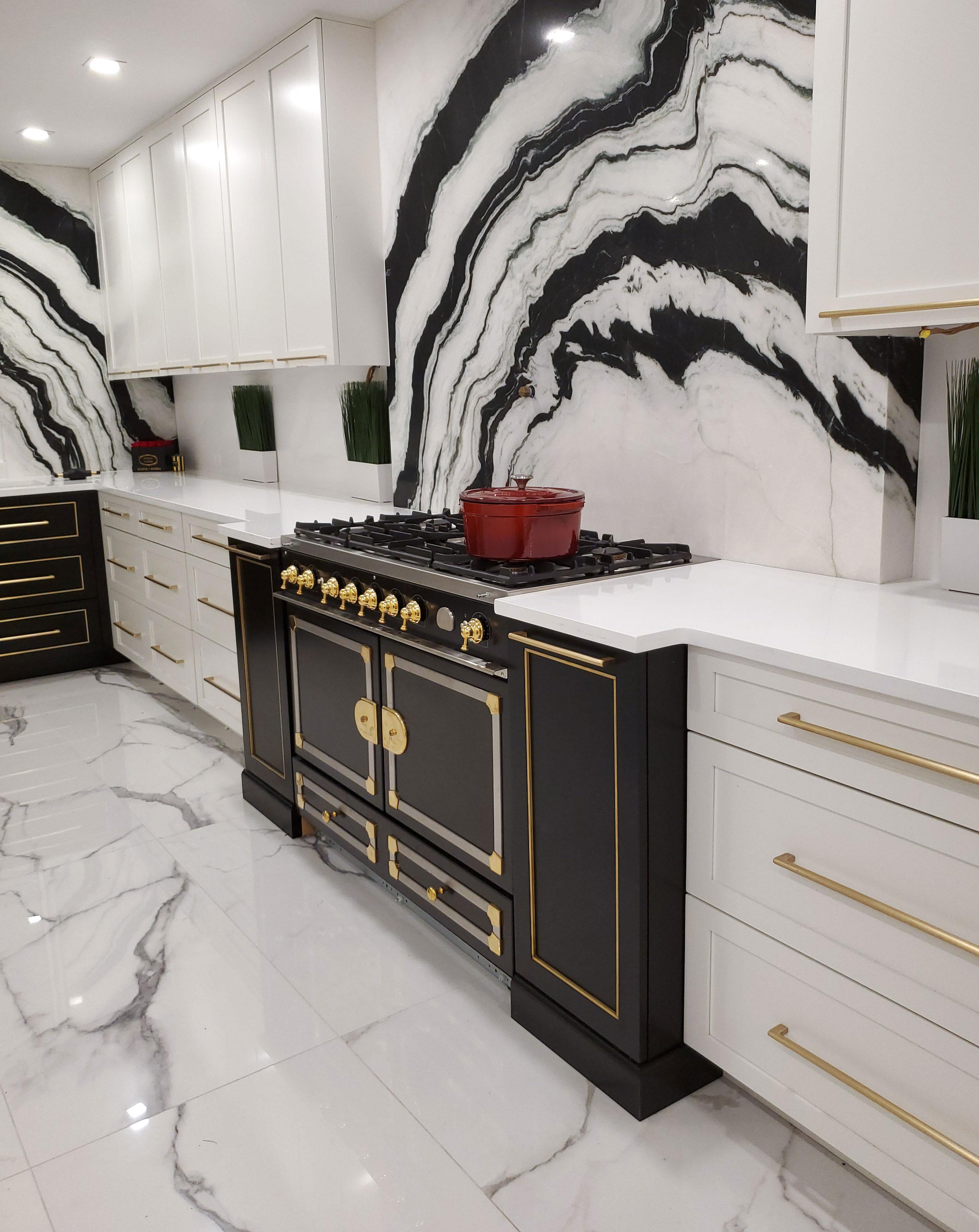 KE-Madison-Designer-White-Black-2