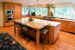 Madison Maple Honey kitchen